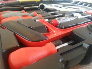 Famex Werkzeugkoffer 145-FX-55 kleine Säge